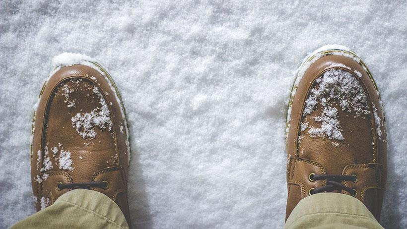 How To Remove Common Winter Stains From Leather Shoes