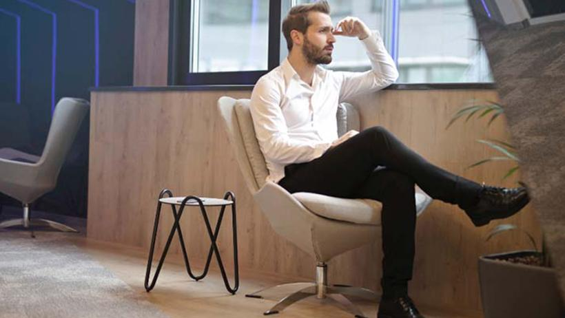 How To Dress For The Office – 7 Business Casual Tips For Men