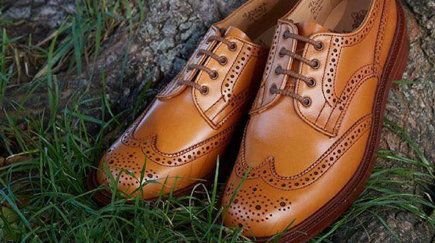 Lovely lace ups to buy now before autumn starts